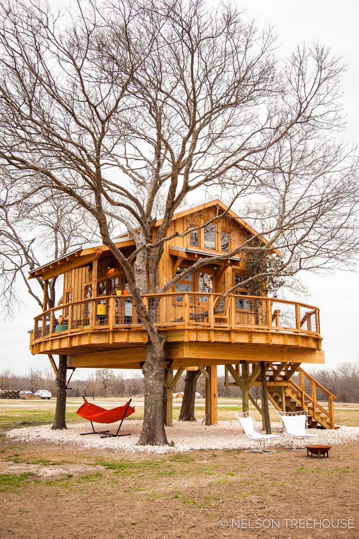 Nelson Treehouse - Twenty-Ton Texas Treehouse facade